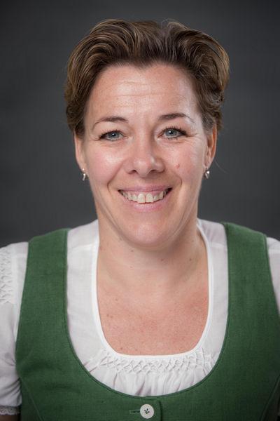 Claudia Furian - Goldhaubengruppe Lambach